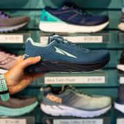 Navy blue running shoes at Jus' Running